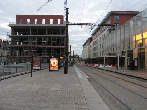 Le Mans renouvelle son quartier de gare avec des bureaux (photo IngolfBLN)
