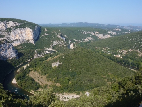 Gorges de l'Ardèche : cherchez le train...(photo cpakmoi)