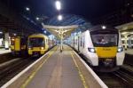 London_Victoria_Train Photos