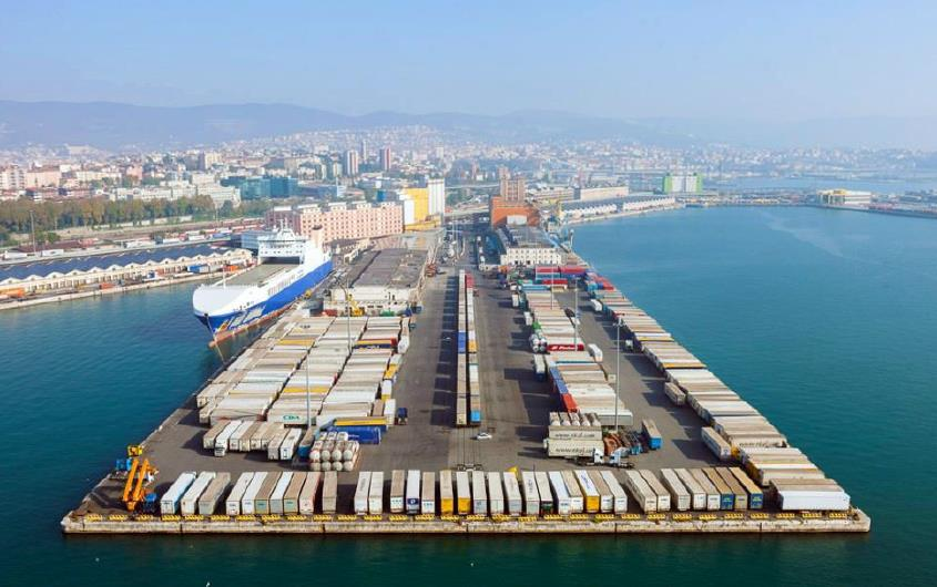 Port-railways