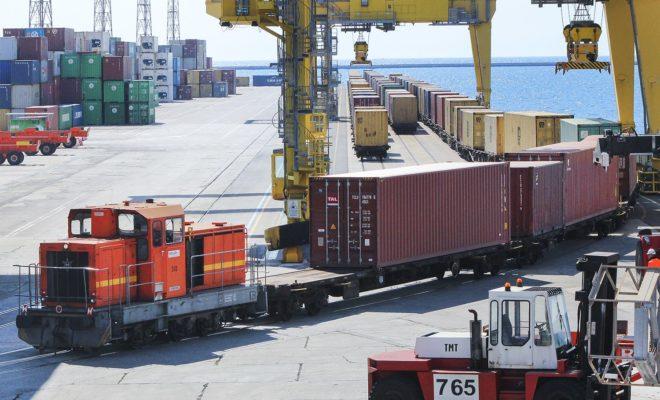 Le port de Trieste, champion du reportmodal