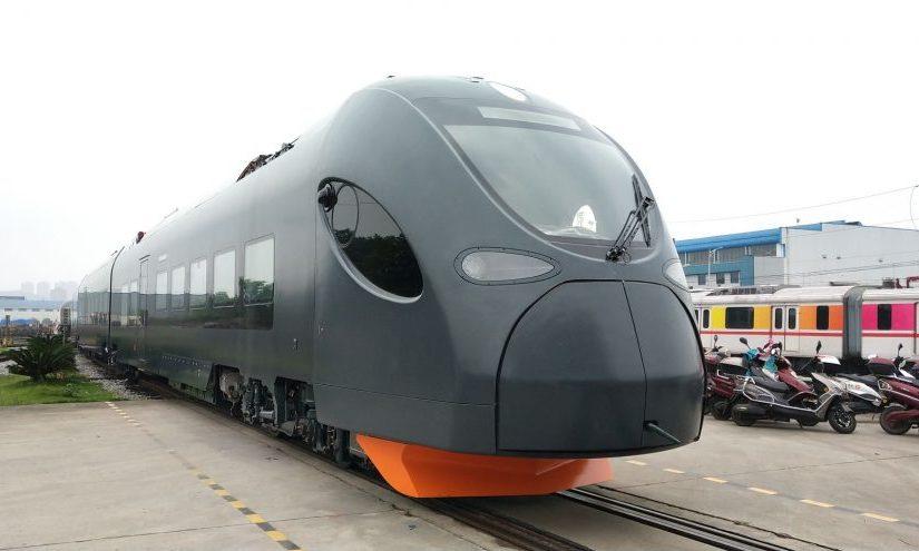 Premières photos des automotrices CRRC pourLeo-Express