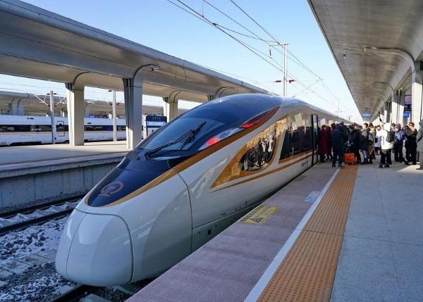 Le premier train à grande vitesse sans conducteurs est lancé enChine