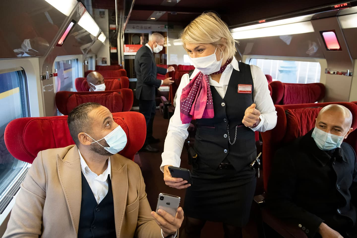 Thalys-on-board-service